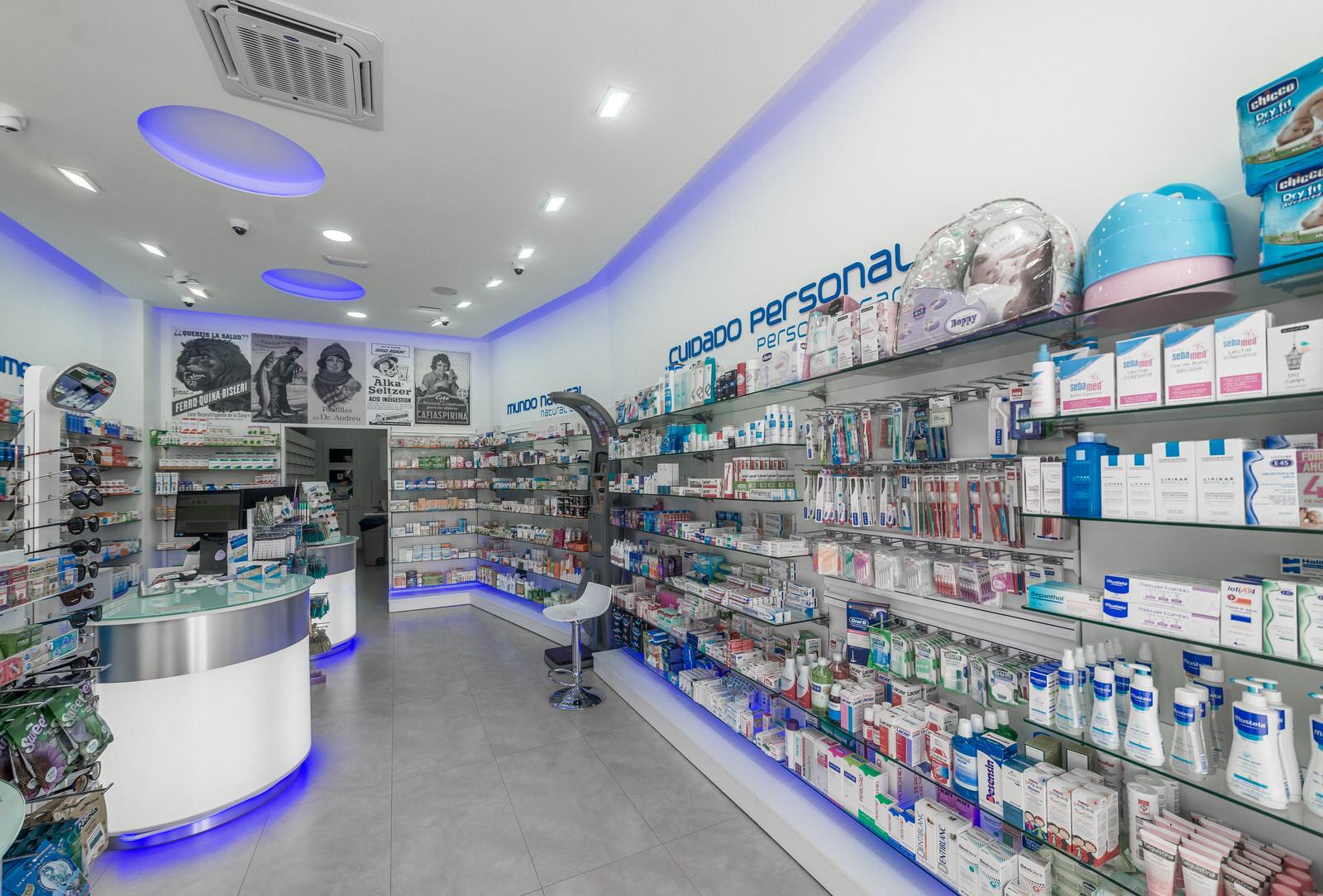 Farmacia Corralejo - Interior de nuestra farmacia